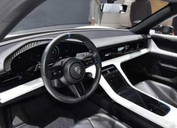 保时捷电动车suv,首款新能源车型能够打响第一炮