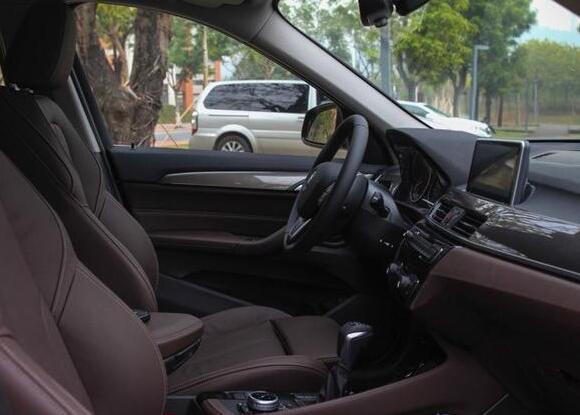 宝马最新款suv车型直降6.93万,25万不到你就能带它回家