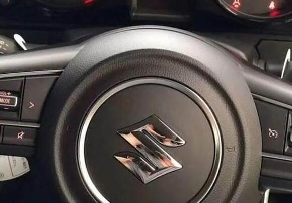 吉姆尼2018款最新消息,它才是铃木压箱底的车型