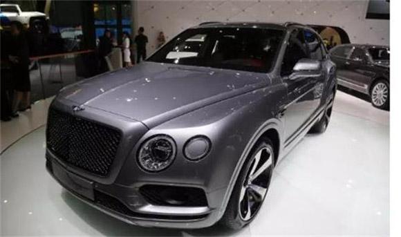 宾利添越2018款4.0 为亚洲市场设计的豪华越野车