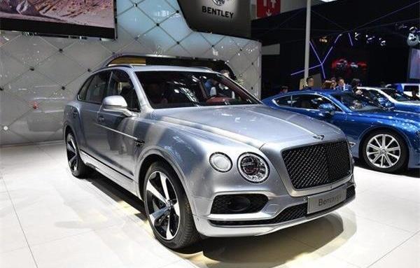 首席设计师精心打造超奢华视觉盛宴的宾利SUV有几款