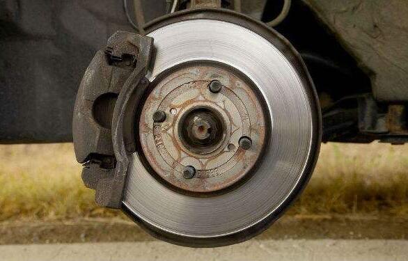 汽车刹车盘多久换一次,最多10万公里换一次(一般7万公里)