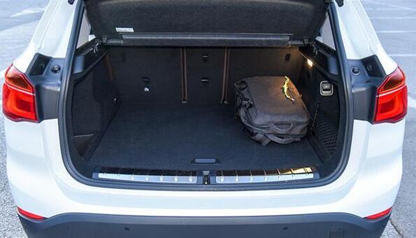 宝马x1新能源后备箱尺寸多少 宝马x1新能源后备箱介绍