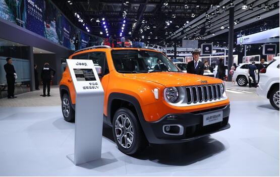 自由侠 jeep小型suv排行榜中的实力派与颜值派