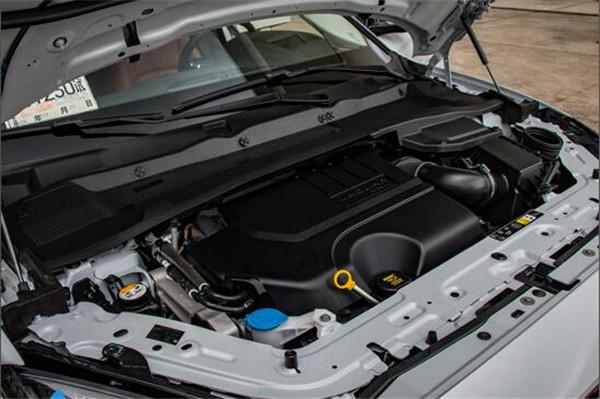捷豹E-PACE有多重车 捷豹E-PACE驾驶手感如何