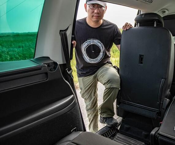 大众7座suv夏朗的优势,合理的空间布局拥有超强的驾乘舒适度