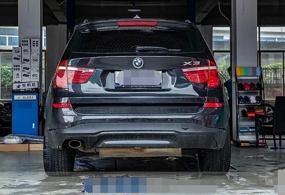 宝马x3改装排气的效果,改成双边单出提升音浪和动力性能