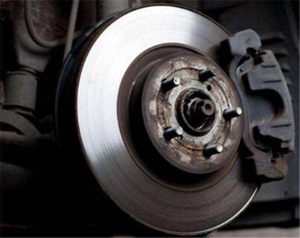 DS6刹车怎么样 刹车系统的作用有哪些