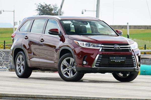 丰田汉兰达7座价格 价格在二三十万左右性价比还是很不错的