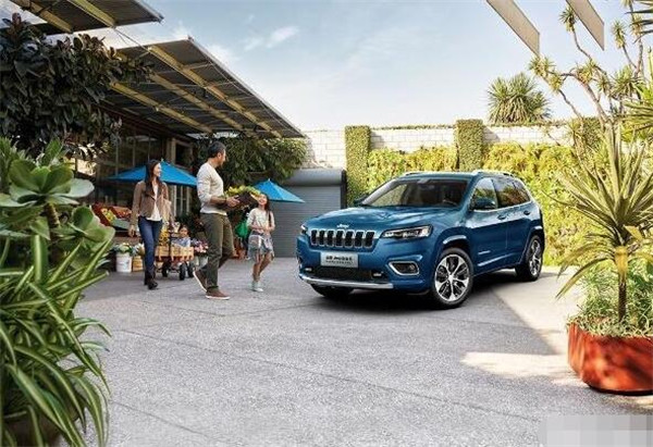 Jeep自由光五月销量 2019年5月销量718辆(销量排名第159)