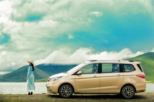 中型suv车型排名前十名 中型suv车型排名第一的是丰田汉兰达