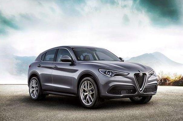最便宜豪华中型SUV 阿尔法罗密欧Stelvio评测