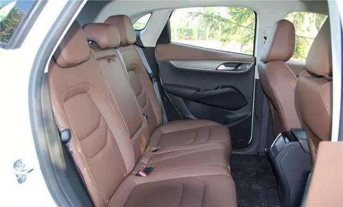 宝沃bx5怎么样值得买吗 储物空间丰富乘坐舒适