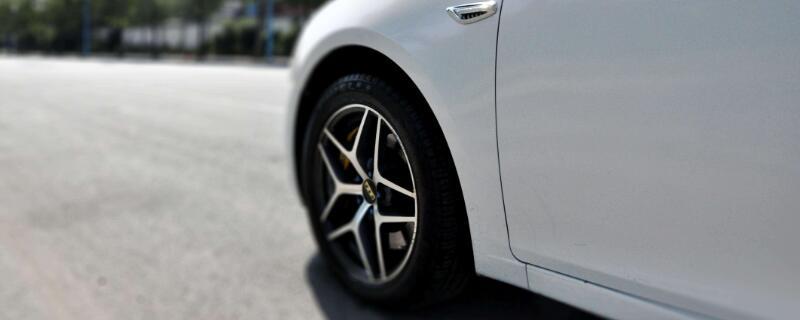 汽车轮胎装反有影响吗