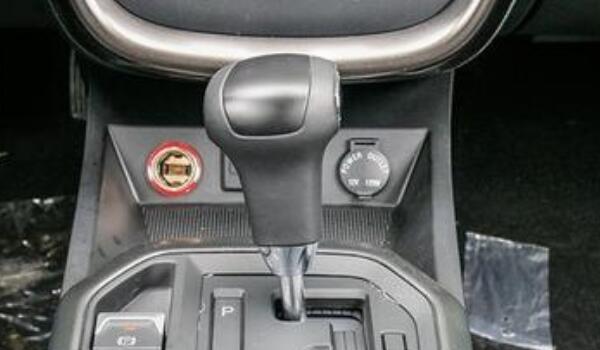 奔腾x80电子驻车强制解除