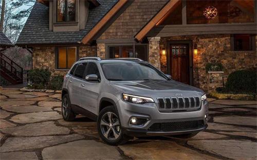 cherokee是jeep哪款