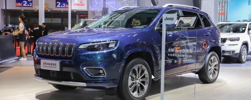 jeep自由光保养灯归零