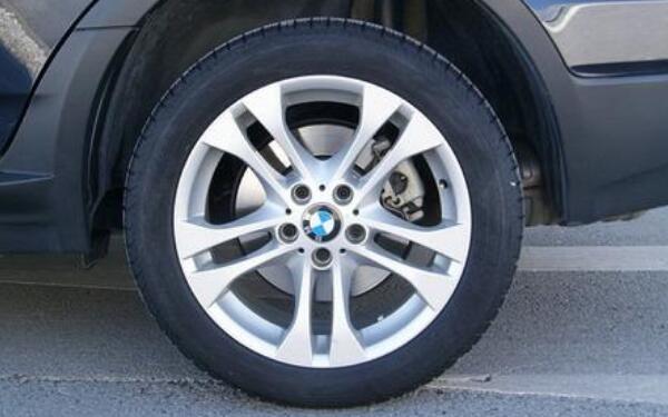 宝马x3轮胎品牌
