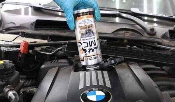 烧机油的原因是什么 烧机油影响油耗吗(油耗明显上升)