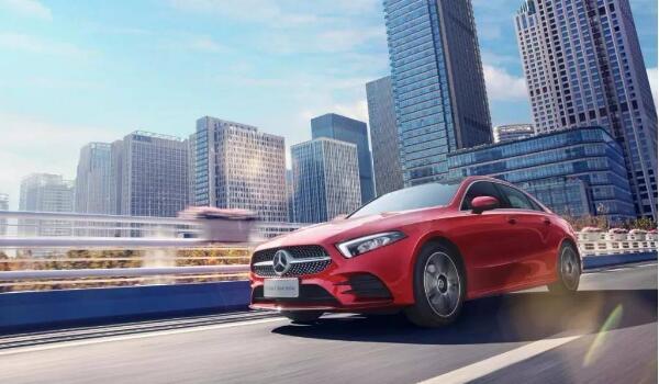 奔驰价格最低的是哪一款车 奔驰2020年上市新车