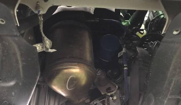 机油滤清器的作用 机油滤清器多久换一次(5000公里左右)