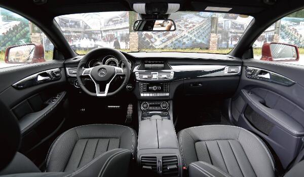 奔驰CLS350多少钱一辆 2.0T/220KW高功率落地最少花费71.53万