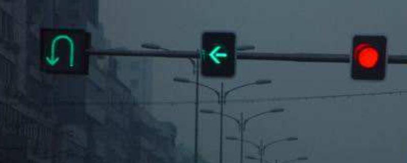 绿灯左转忘记打转向灯扣分吗