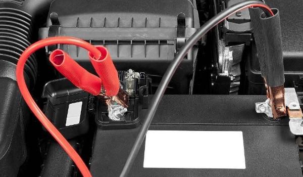 车辆没电有多种原因导致