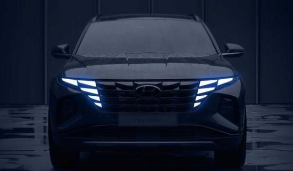 2021款现代途胜最新消息 隐藏式大灯双擎动力技术