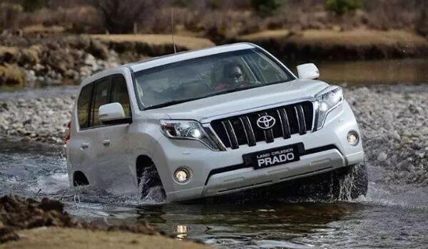 霸道2021款丰田普拉多多少钱 售价仅24万(搭载2.8T柴油发动机)