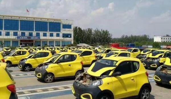 租车一天多少钱 正规公司一天100-200元(4个租车细节要牢记)