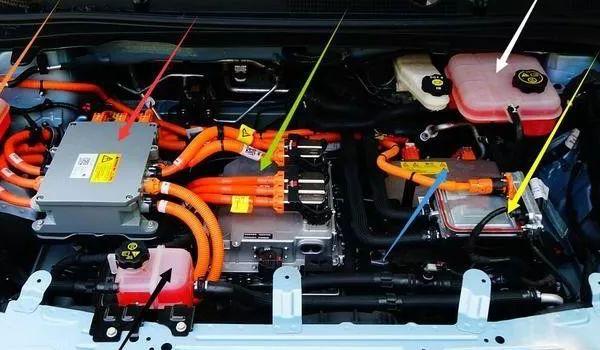 别克微蓝6纯电动怎么样 动力出色安全可靠(50km/h加速仅需3.6秒)