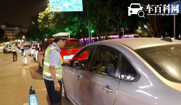 交警电话是多少 交通事故报警电话122(高速公路救援电话12122)