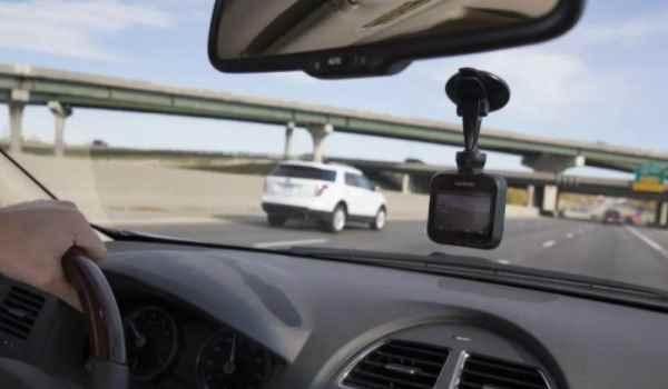 行车记录仪电量不足是怎么回事