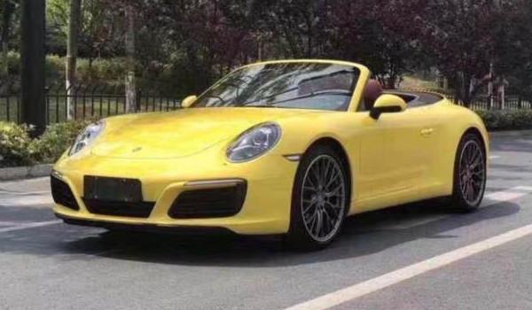 保时捷911敞篷跑车 五款在售怕车动力性能优秀(售价区间142.10-247.30万元)
