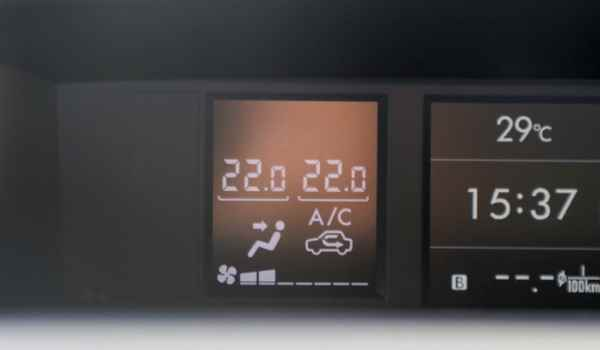 汽车开一个小时空调要耗多少油 会增加机动车辆整体耗油的20%左右