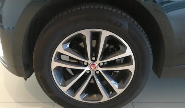 捷豹fpace轮胎尺寸多少 捷豹f-pace轮胎型号(255/50 r20)