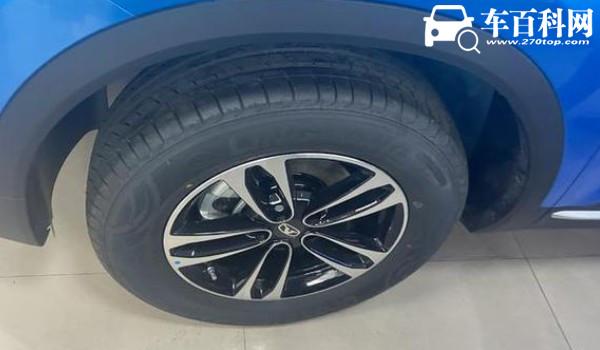 凯翼炫界轮胎型号 轮胎规格为215/60 r17(胎压标准2.3-2.5bar)