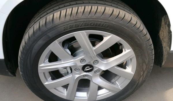 捷达vs7轮胎是什么品牌 捷达vs7用的什么品牌的轮胎(玲珑轮胎)