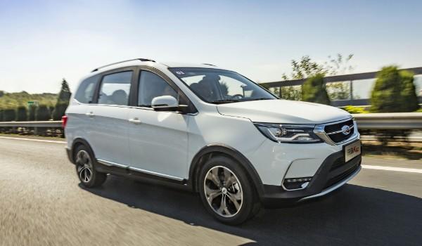 开瑞k60这车怎么样 配置丰富动力充沛(车身长达4.6米)