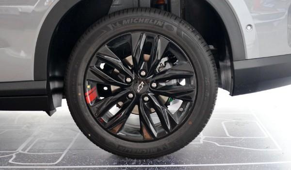 雪佛兰沃兰多轮胎型号 沃兰多轮胎尺寸(225/50 r17)