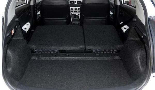 丰田致炫车身尺寸多少 丰田致炫后备箱尺寸多少(常规容积326L)